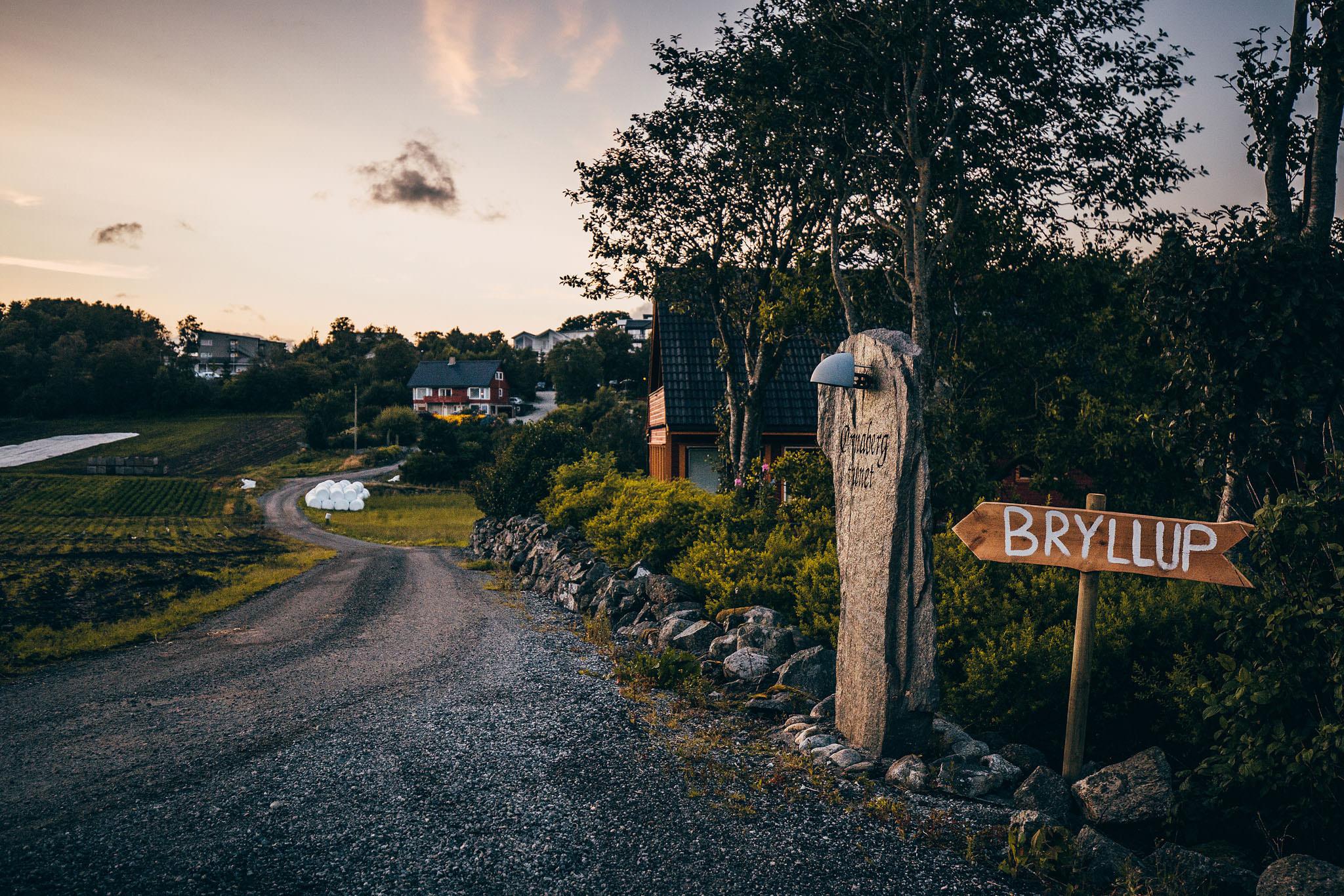 Norway+wedding+photographer+elopement+pre+wedding+Casey+Arneson-127.jpg