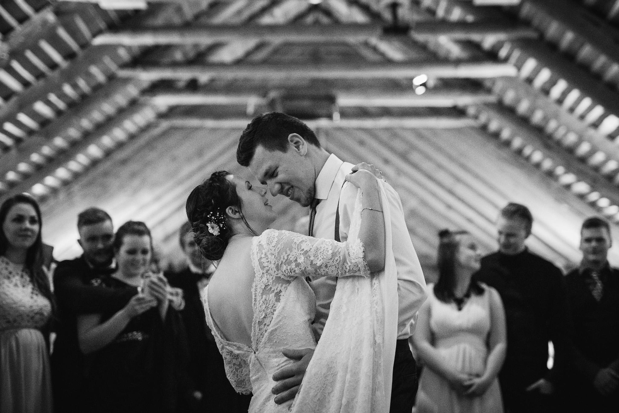 Norway+wedding+photographer+elopement+pre+wedding+Casey+Arneson-128.jpg