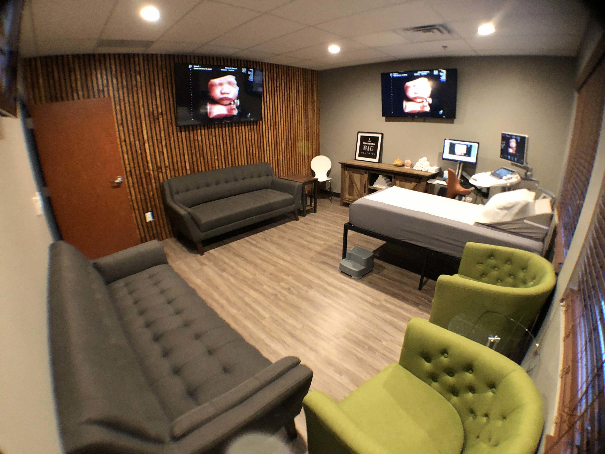 wide scanning room.jpg