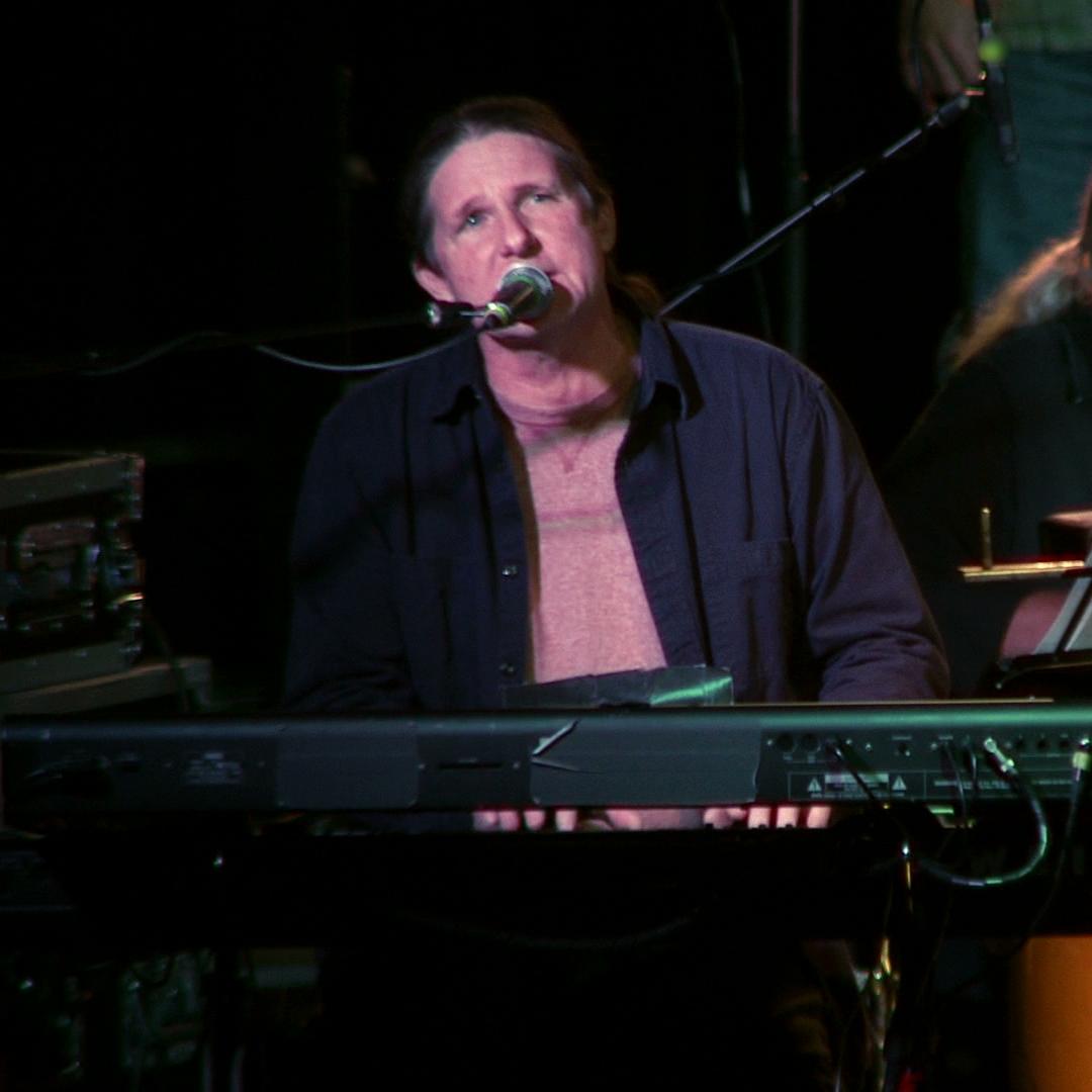 David Harper - Keyboards & Vocals