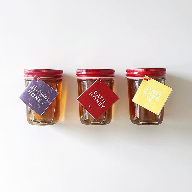 Large jars of St. Augustine Honey are now $10! ONLINE THIS WEEK ONLY. Grab your jars before they're all gone! {link in profile} #bees #honey #gift #staugustinehoney #datilhoney #lavenderhoney #hyperlocalhoney #infusedhoney #honeytruck