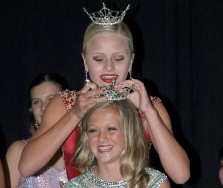 Kylie D'Andrea Miss Oakland County's Outstanding Teen 2018