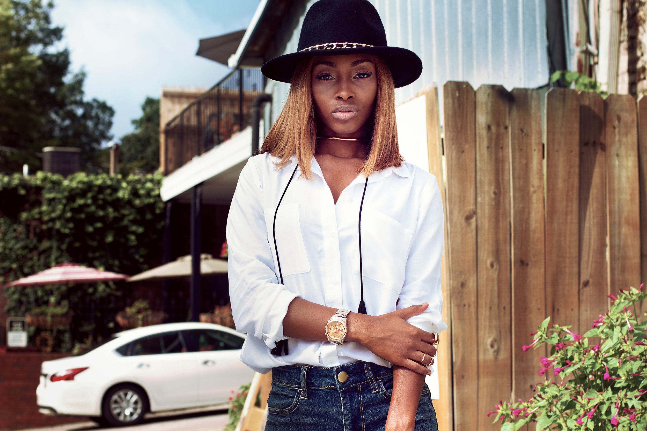 Jasmine Lawrence-Profile Picture.jpg