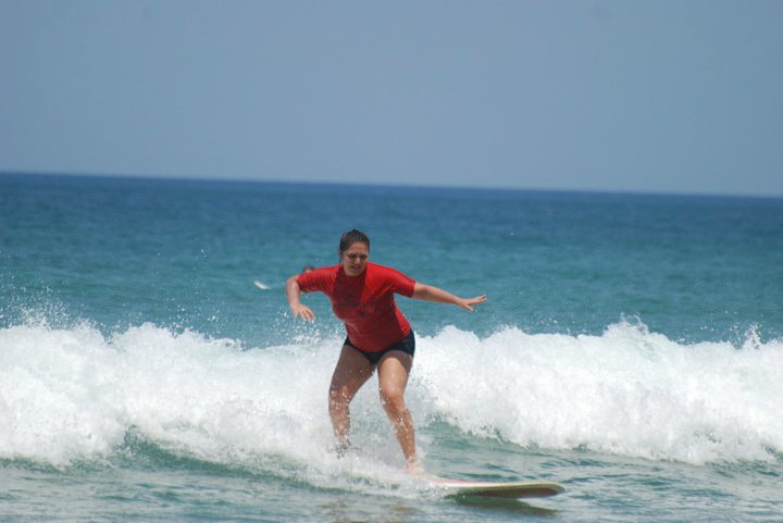 190lbs-costa-rica-took-3-days-to-stand-up-on-a-surf-board-march-2010