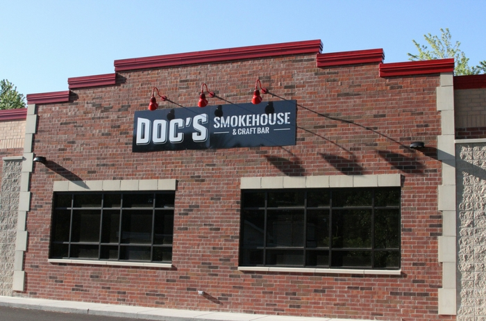 Building - Dyer | DOC's Smokehouse and Craft Bar