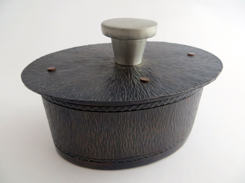 Oval Ring Box