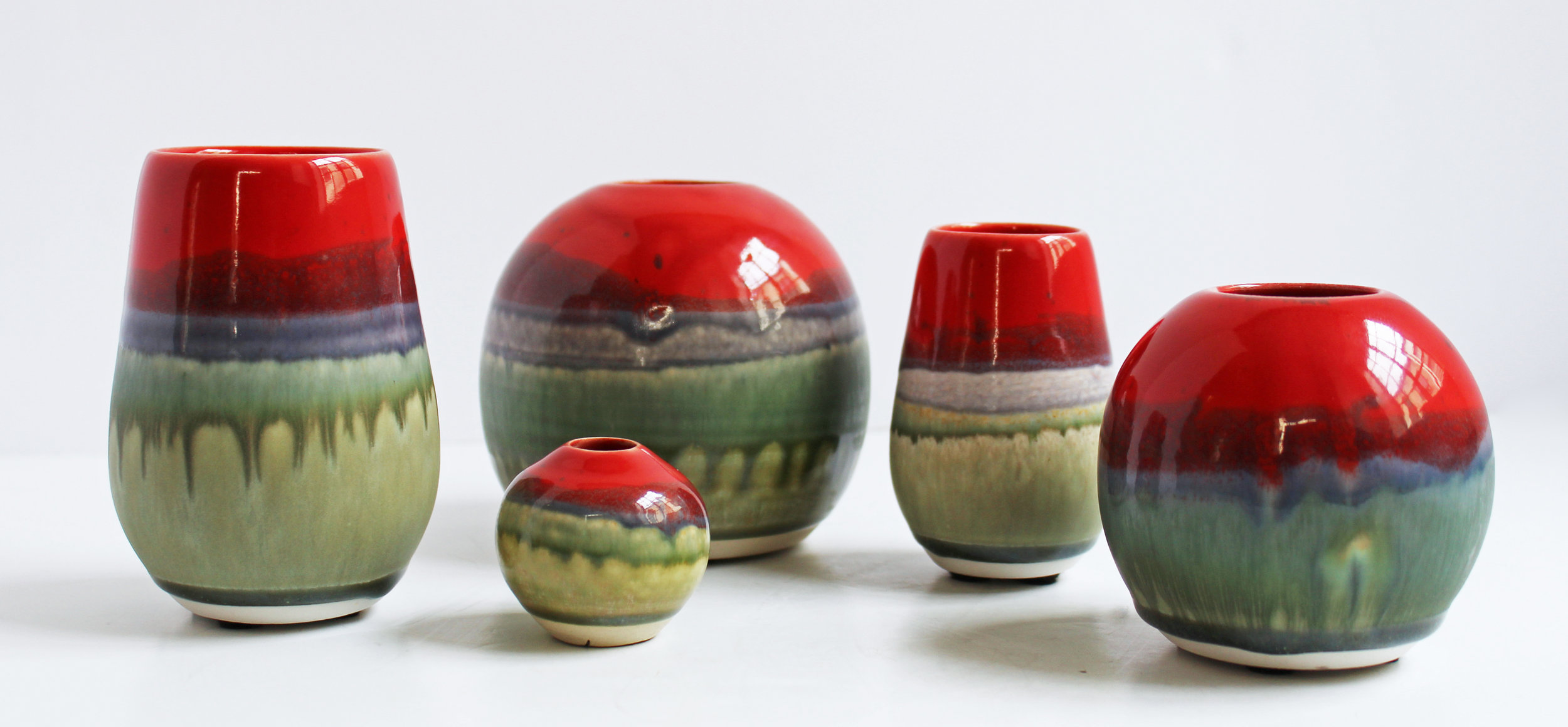 Red and Green Bloom Vessels