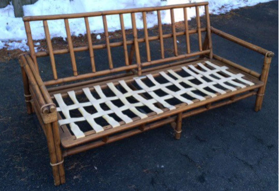 vintage-sofa-outdoor-rattan-tiki.png