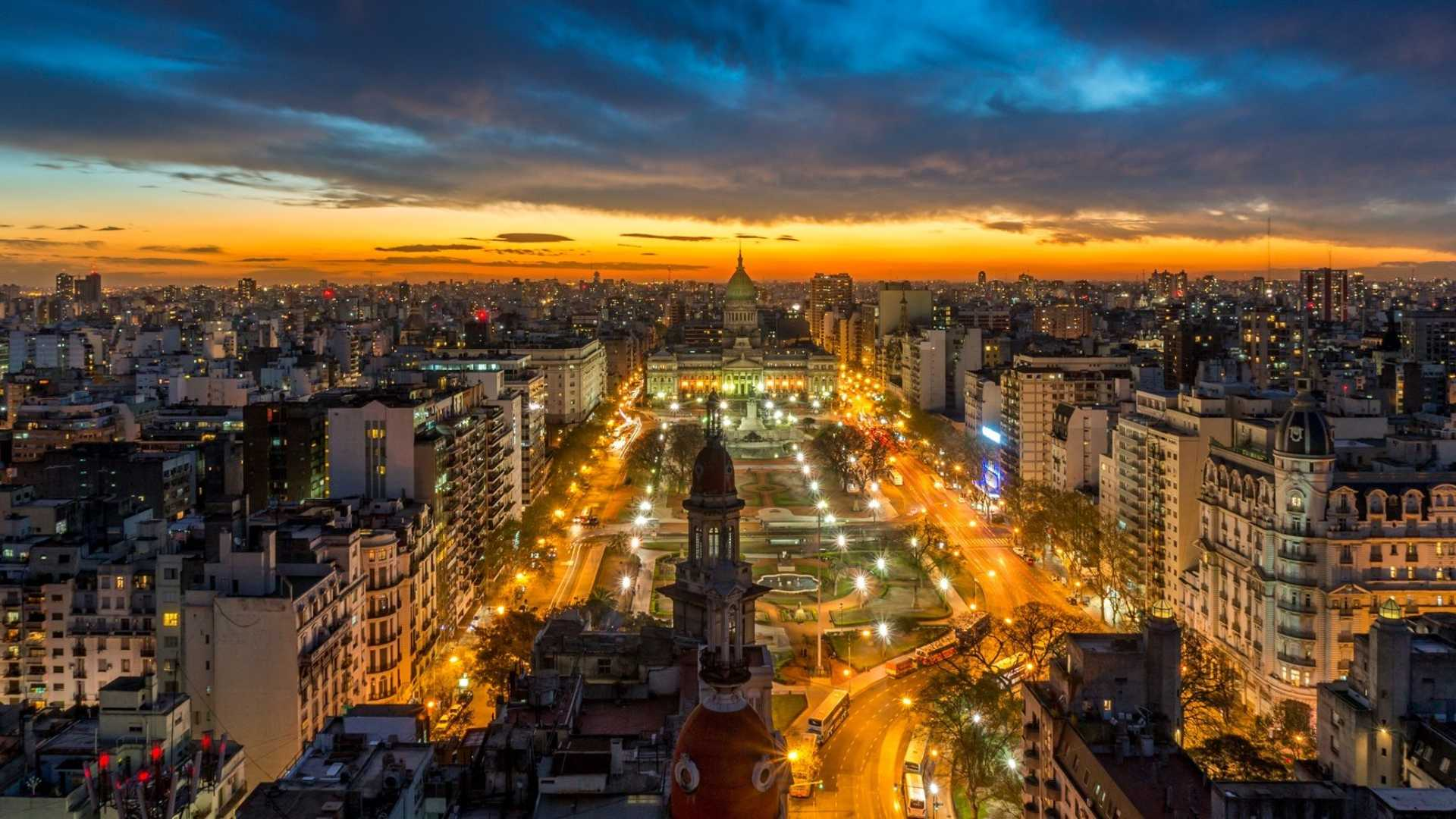 Buenos-Aires-in-night.jpg