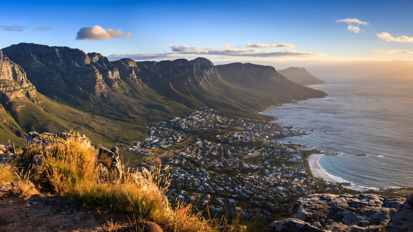 south-africa-cape-town-view-1600x900.jpg