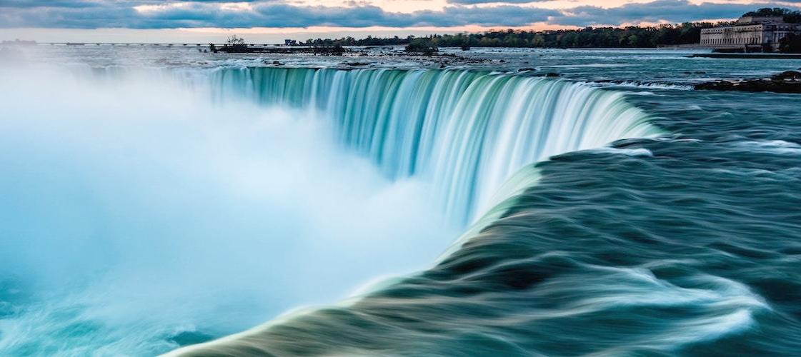 Niagara Falls; credit: smallerearth.com