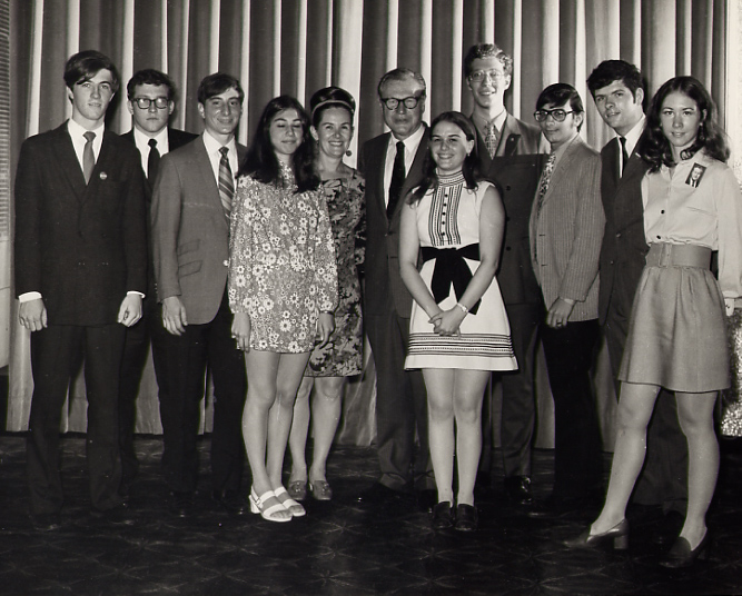 Youth staff working on re-election of Governor Nelson A. Rockefeller (1970)