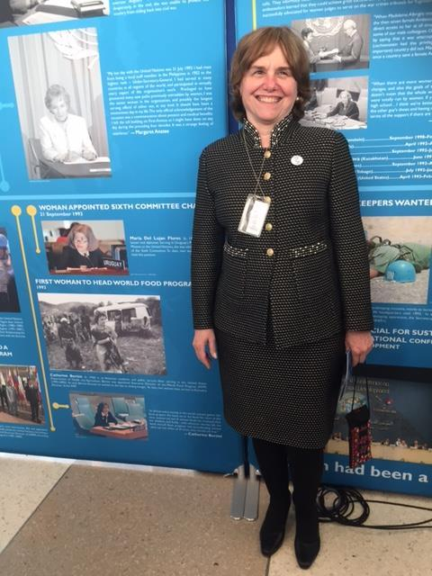 """Catherine Bertini at the UN at an exhibit highlighting """"First"""" Women and mentioning that she was the first woman to head WFP (2016)"""