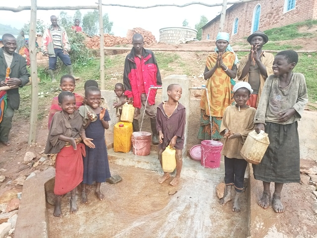 The Nyakaniga-Garongo water project system funded by HEINEKEN Africa Foundation is a positive force for change and is helping the community prosper, by removing an inequality that previously limited the residents' potential.