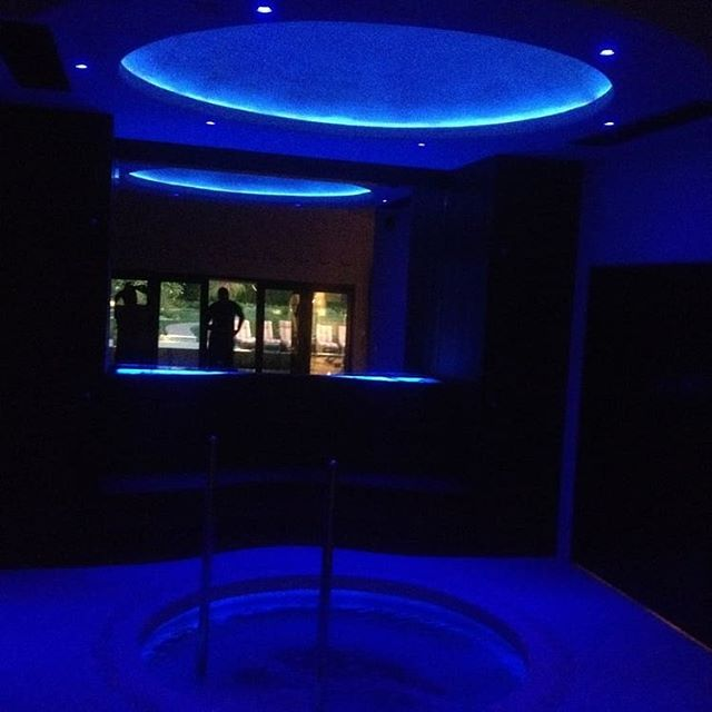#red or #blue? Check out the #ambient #lighting in the #spa we built! www.devitishomes.com #contractor #remodel #remodeling #socal #losangeles #interiordesign #dreamhome #followforfollowback #construction #newhome #pasadena #carpentry #mansion