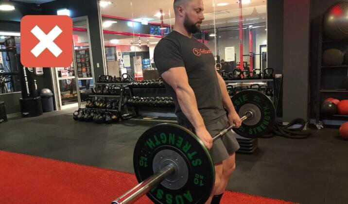 Not locking the knees in the lockout can cause knee pain while deadlifting