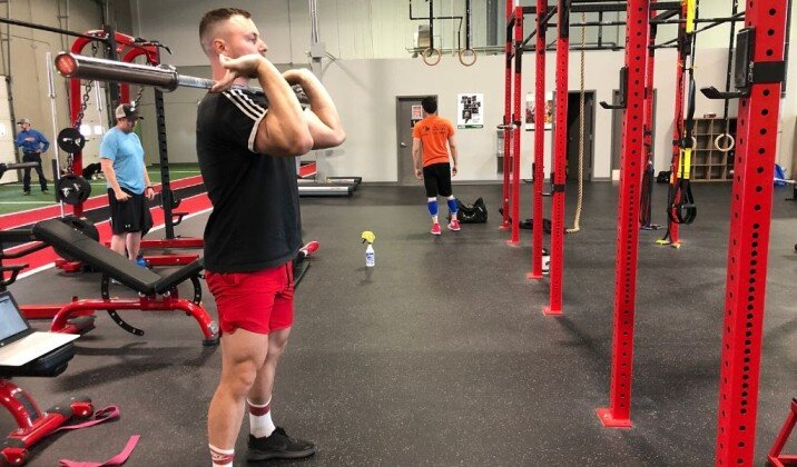 Front squat technique