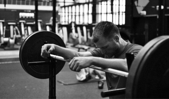 how hard should a beginner train their upper body.jpg