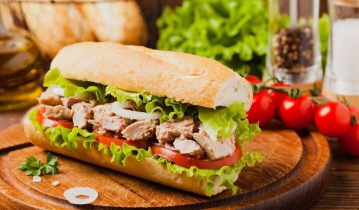 Tuna Sandwich with Vegetable Crudité.jpg