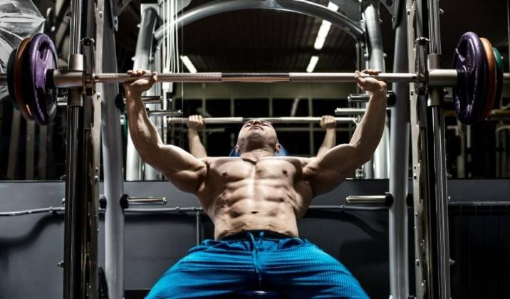 Why Work Your Chest And Triceps Together.jpg
