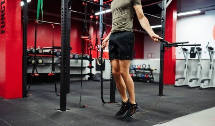 How To Incorporate Cardio Into Your Lifting Routine Without Losing Muscle.jpg