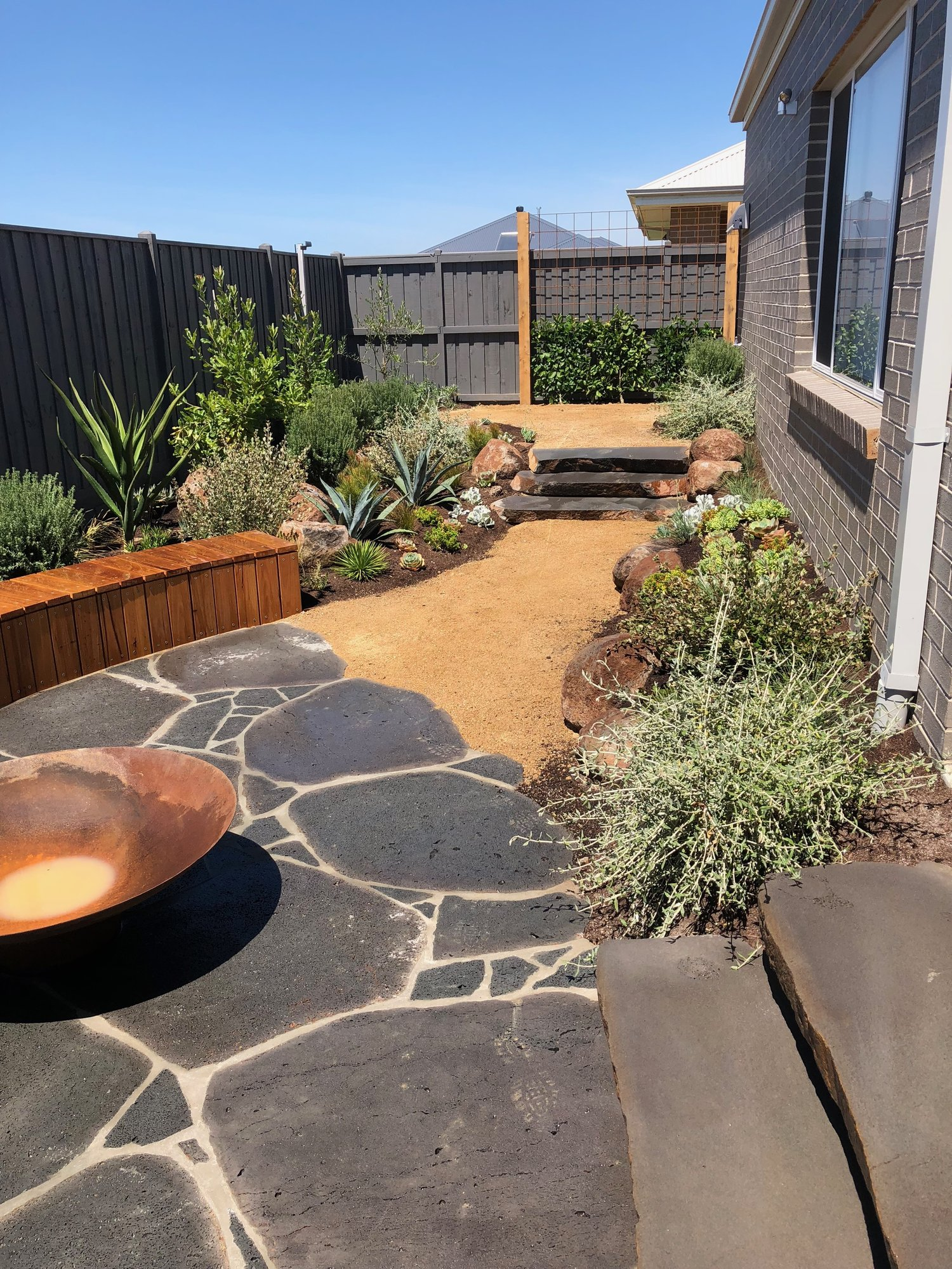 InStyle Gardens - Landscape Design & Construction - Geelong