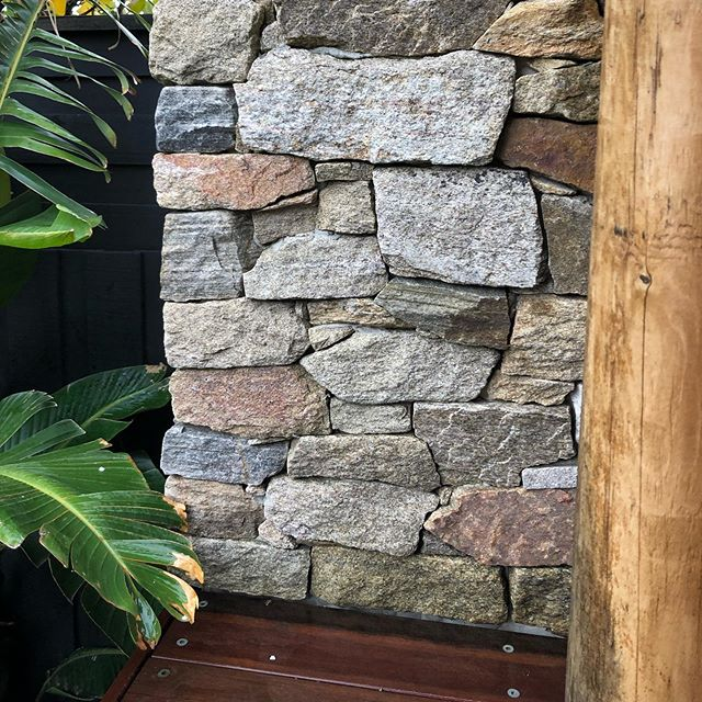 Stone, Strelitzia, Spotted Gum and Cypress on Saturday.  Also a great example of how good a normal boundary fence looks when painted ✔️🆒 #landscaping #letteroftheday #geelong #happybirthdayhudda #landscapingvictoria #masterlandscaper #registeredbuildingpractitioner #landscapinggeelong #natural #stone #strelitzia #nicolai #spottedgum #cypress #deck #cladding #round #curve #corner #s #landscapedesign #landscapeconstruction #InStyle #Gardens #plants #horticulture #contrast #grovedale #stonemasonry