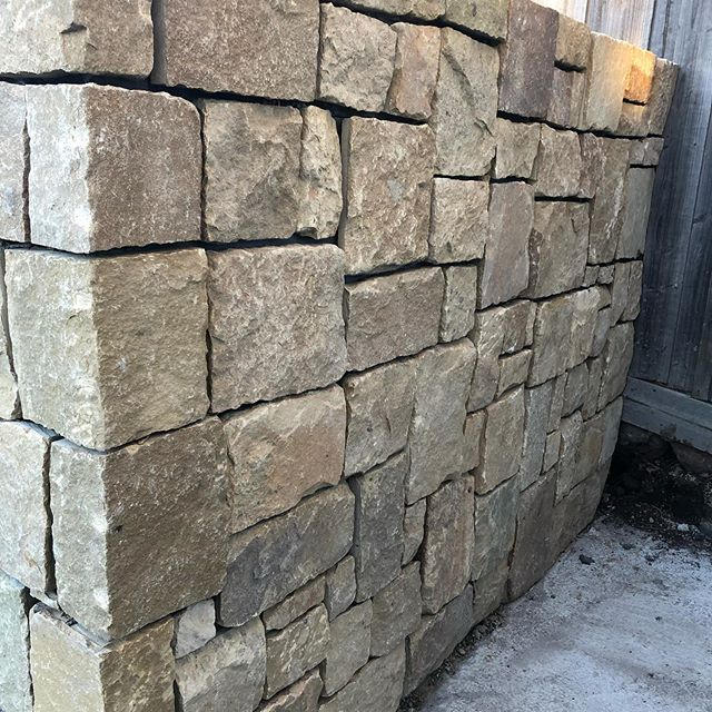 Some nice progress this week at our Newtown project with some of the dry stone walking starting to go up #InStyle #Gardens #masterlandscaper #registeredbuildingpractitioner #landscapingvictoria #landscapinggeelong #newtown #geelong #landscapeconstruction #lanscapedesign #drystonewall #clancy #eco #retainingwall #random #ashlar