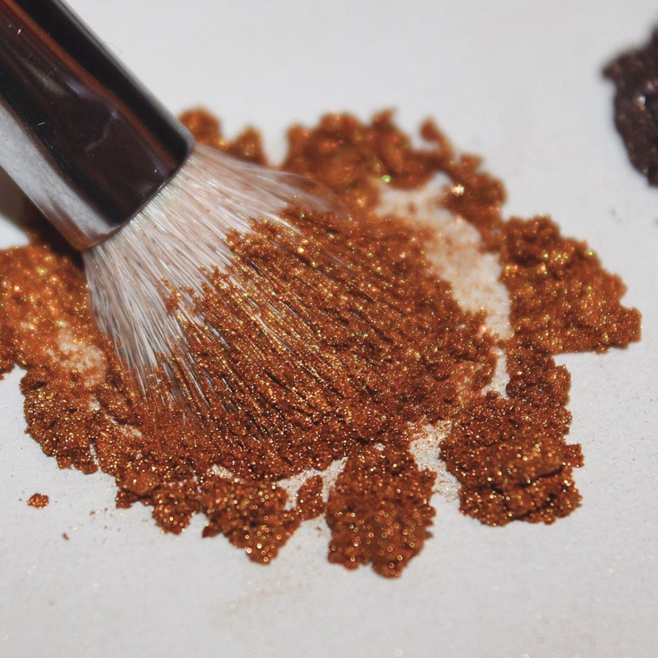 GlaminizersEyePigments.png