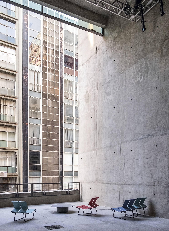 Uno de los espacios del centro recreativo Sesc 24 de Maio, acabado en 2017 en São Paulo y realizado por el arquitecto brasileño en colaboración con el estudio MMBB. Ruy Teixeira
