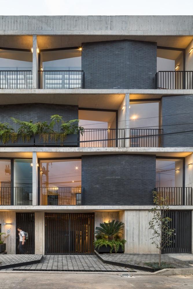 Detalle exterior, Edificio Portales - Arq. Fernanda Canales