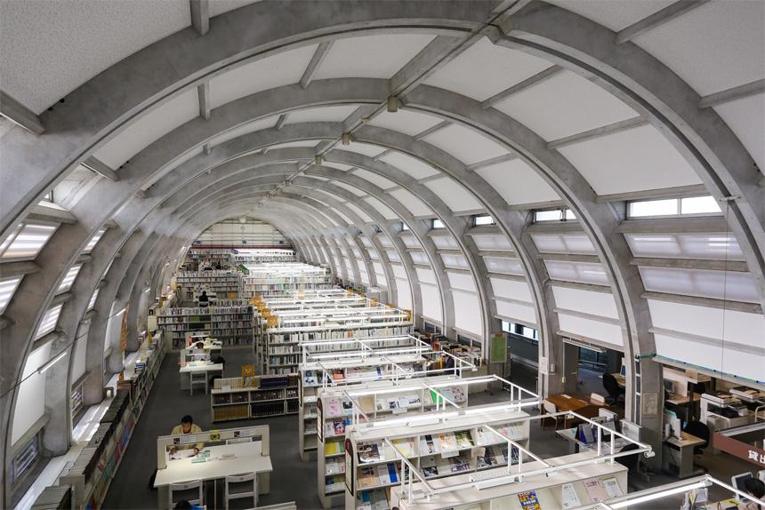 Biblioteca Central de Kita Kyushu - Interior
