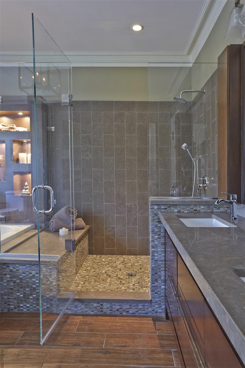 Modern design glass shower room