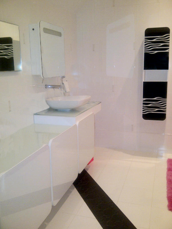Schaffer Guest Bath 1.jpg.png