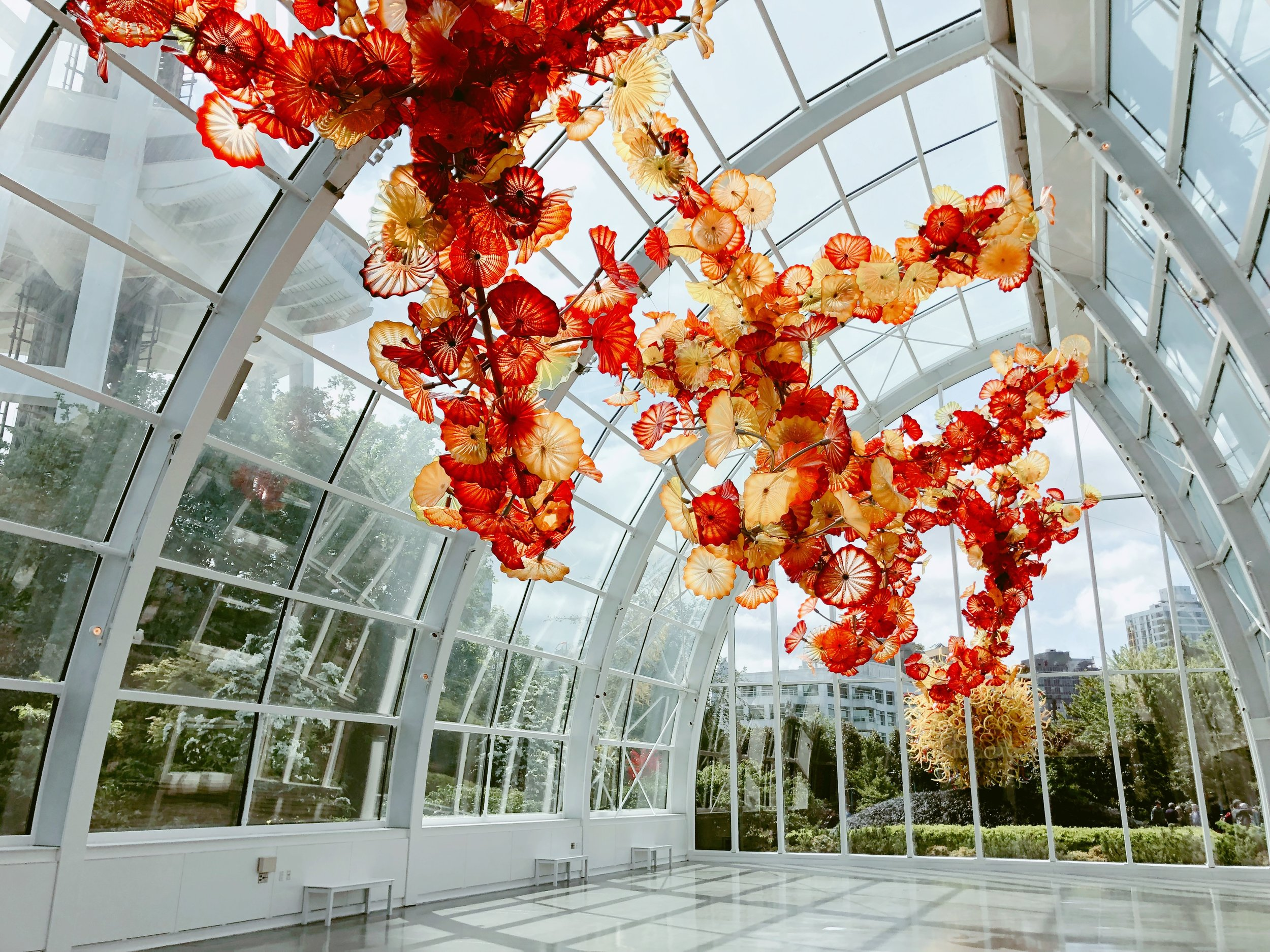 10 Fun Things to do in Seattle + Vlog (Chihuly Garden and Glass)