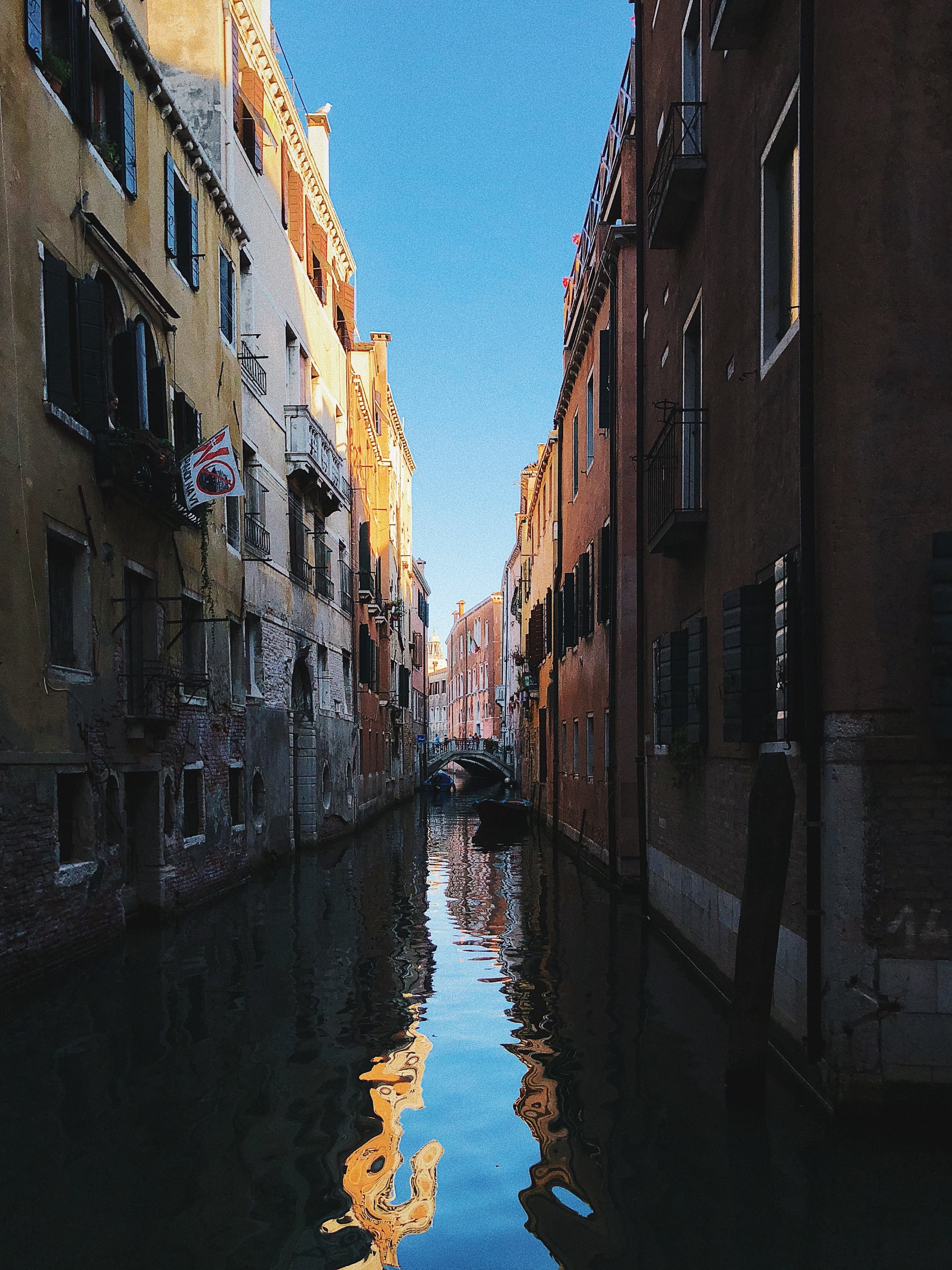 Italy Travel Diary + Vlog - Venice and Burano