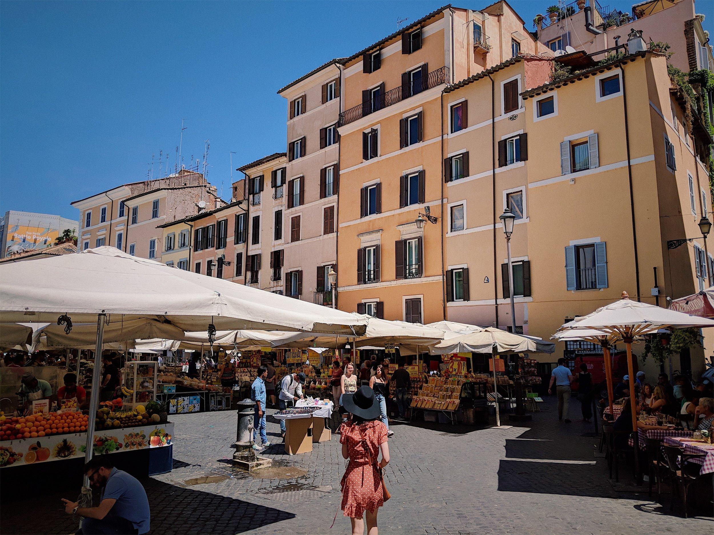 Campo Di Fiori in Rome | Italy Travel Diary + Vlog Part 1