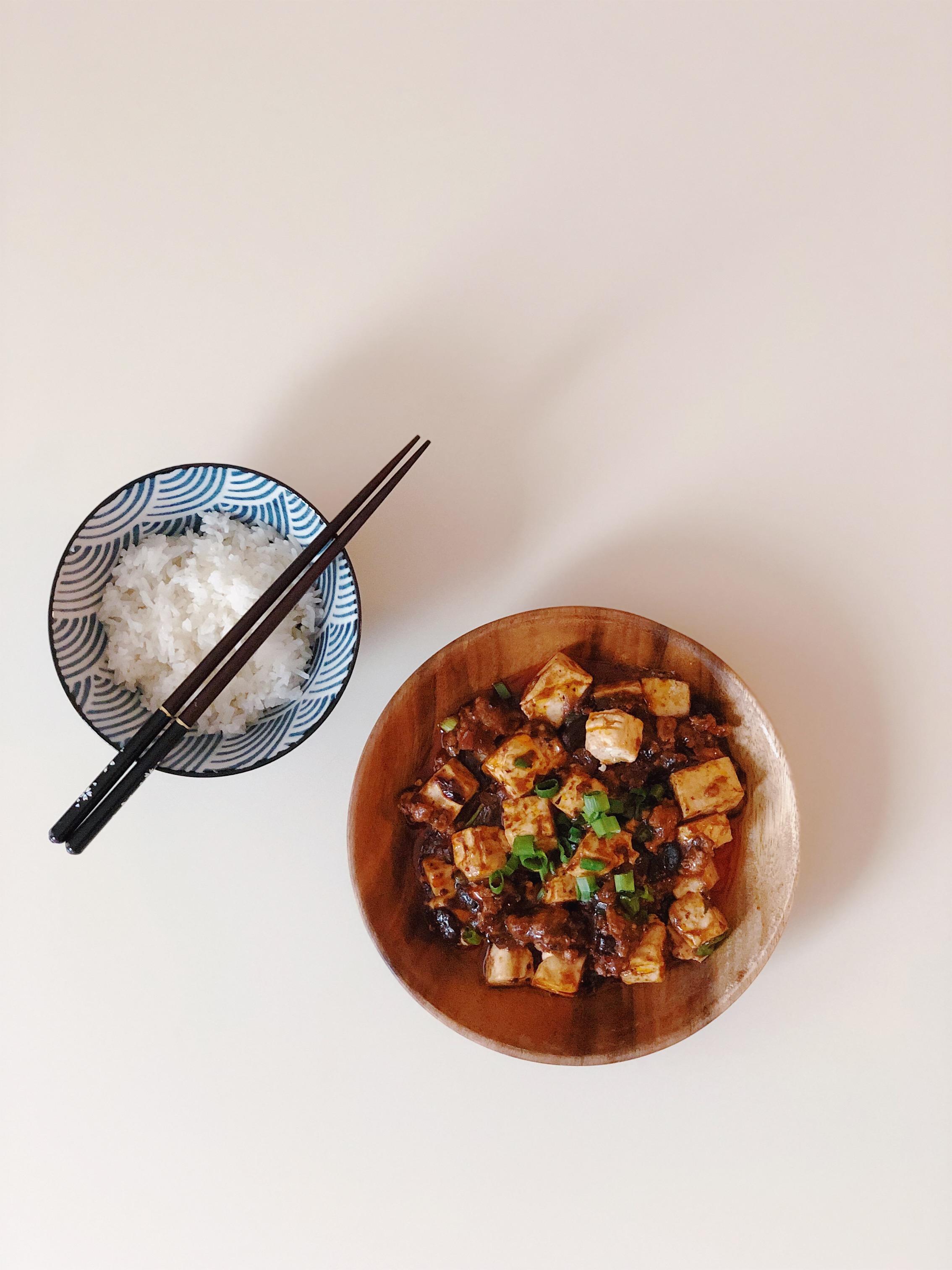 How to make Mapo Tofu (麻婆豆腐) - my mom's recipe!