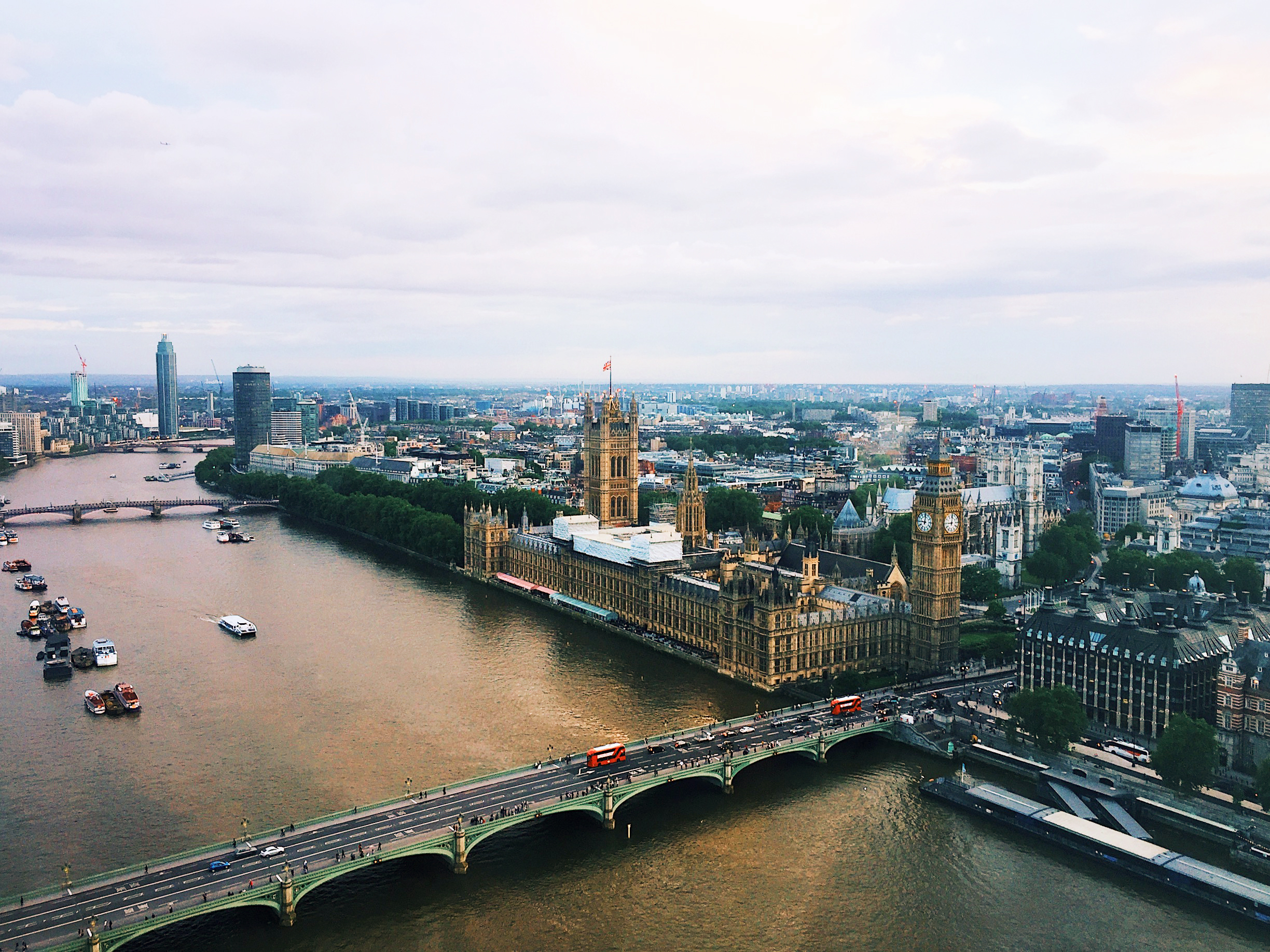 London in 24 Hours - Parliament from the London Eye