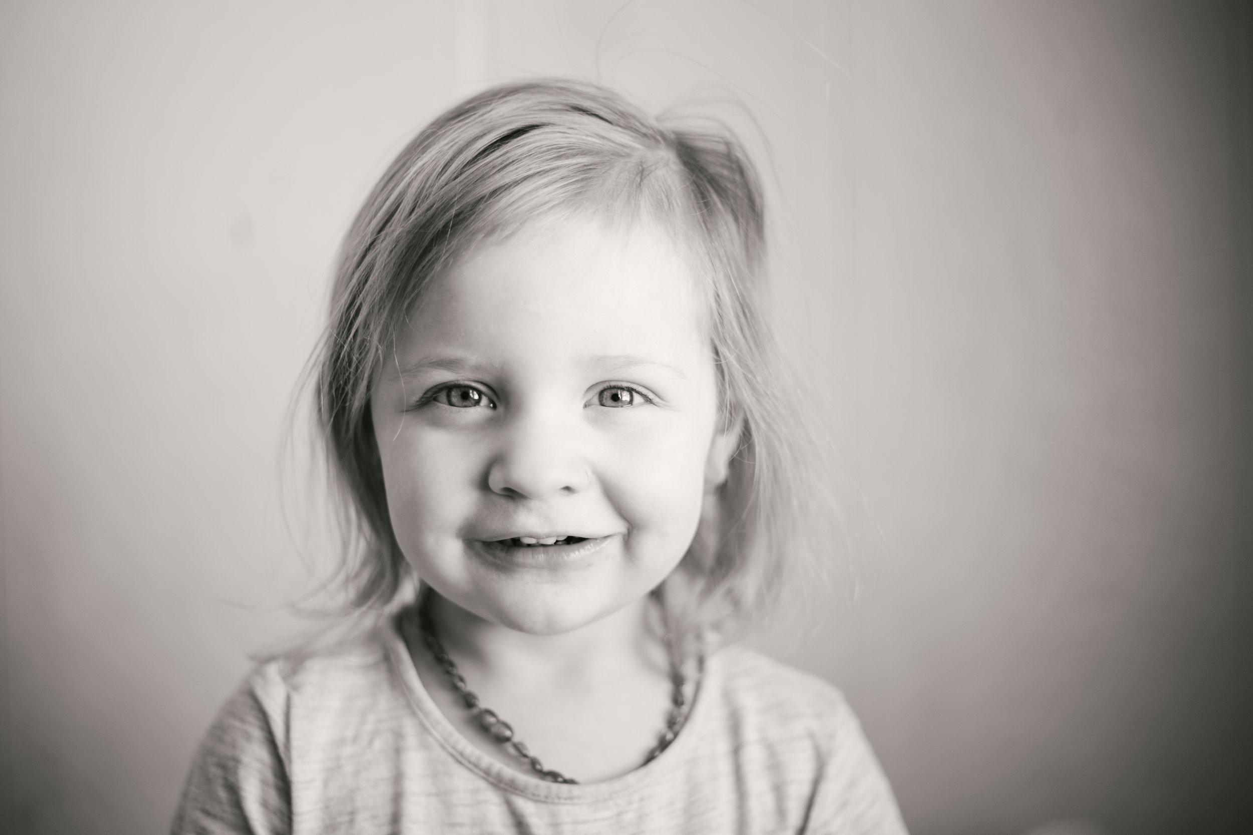 Montana, Pacific Northwest, Lifestyle Photographer - Hazel age 3 - Ashley Tintinger Photography -5.jpg