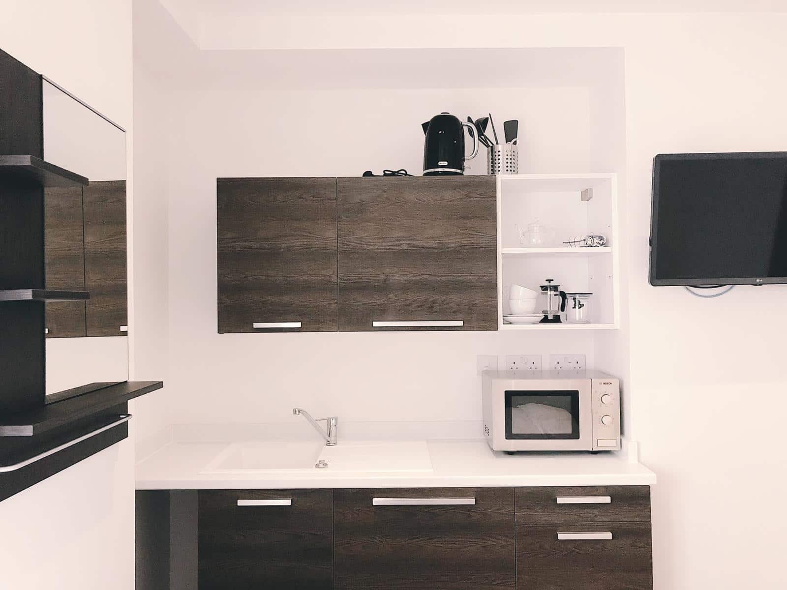 Apartment 7 Kitchen