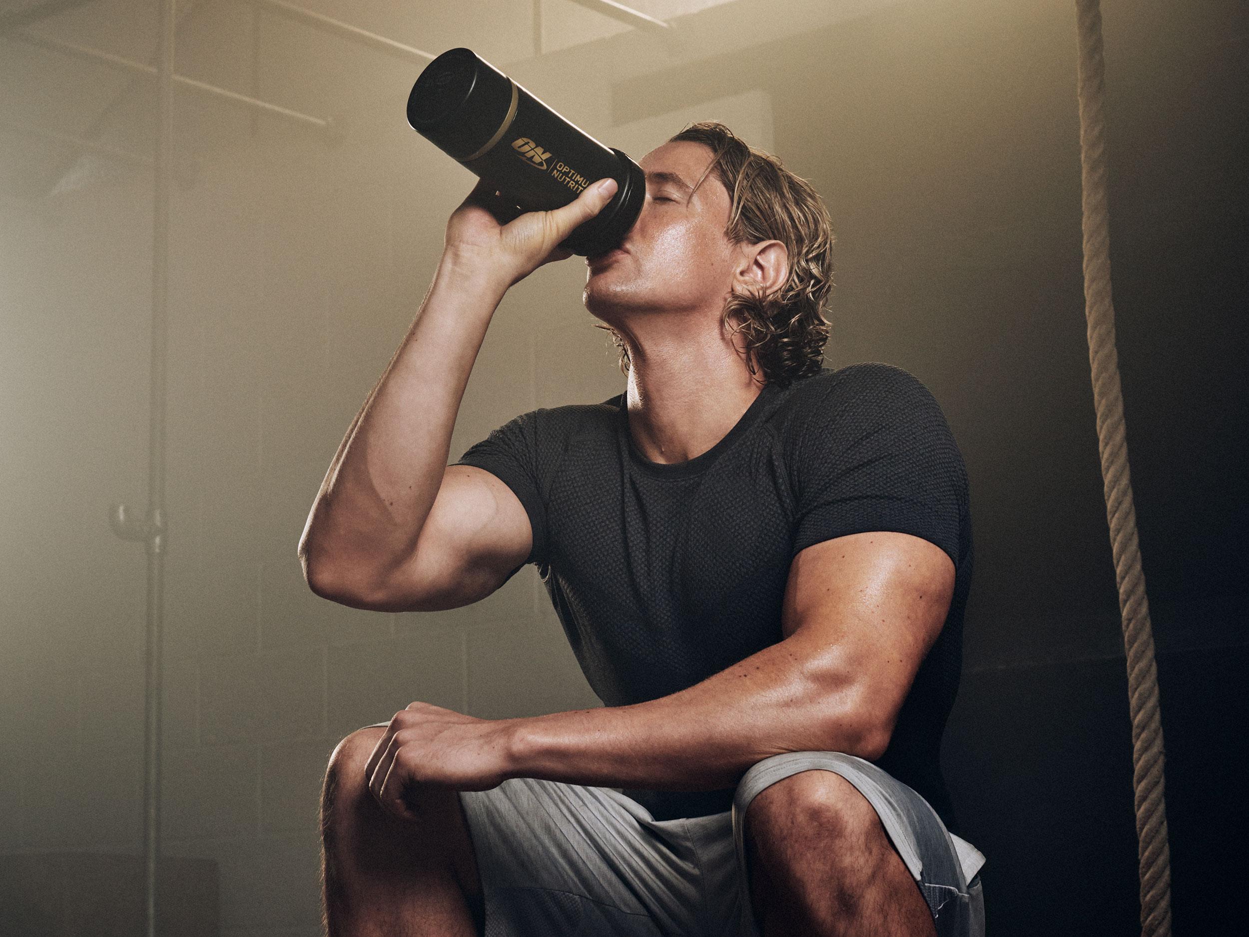 Unstoppable_Shaun_Drinking_4x3.jpg