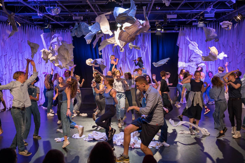 ACADEMY Bühnenkunstschule 2019: SHOW »EBBE + FLUT« 30. Mai 2019 [201905_29_ZZ6_2156]