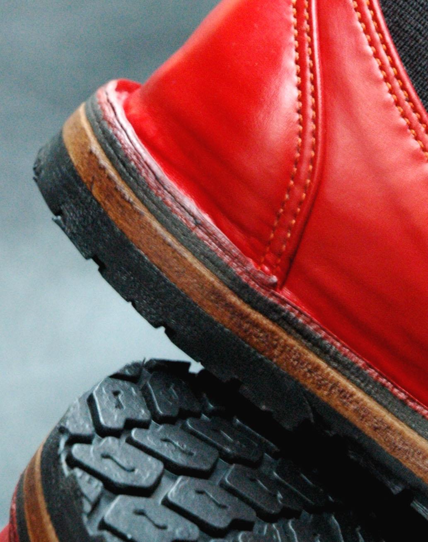 Dinky Tyre soles cropped 2.jpg