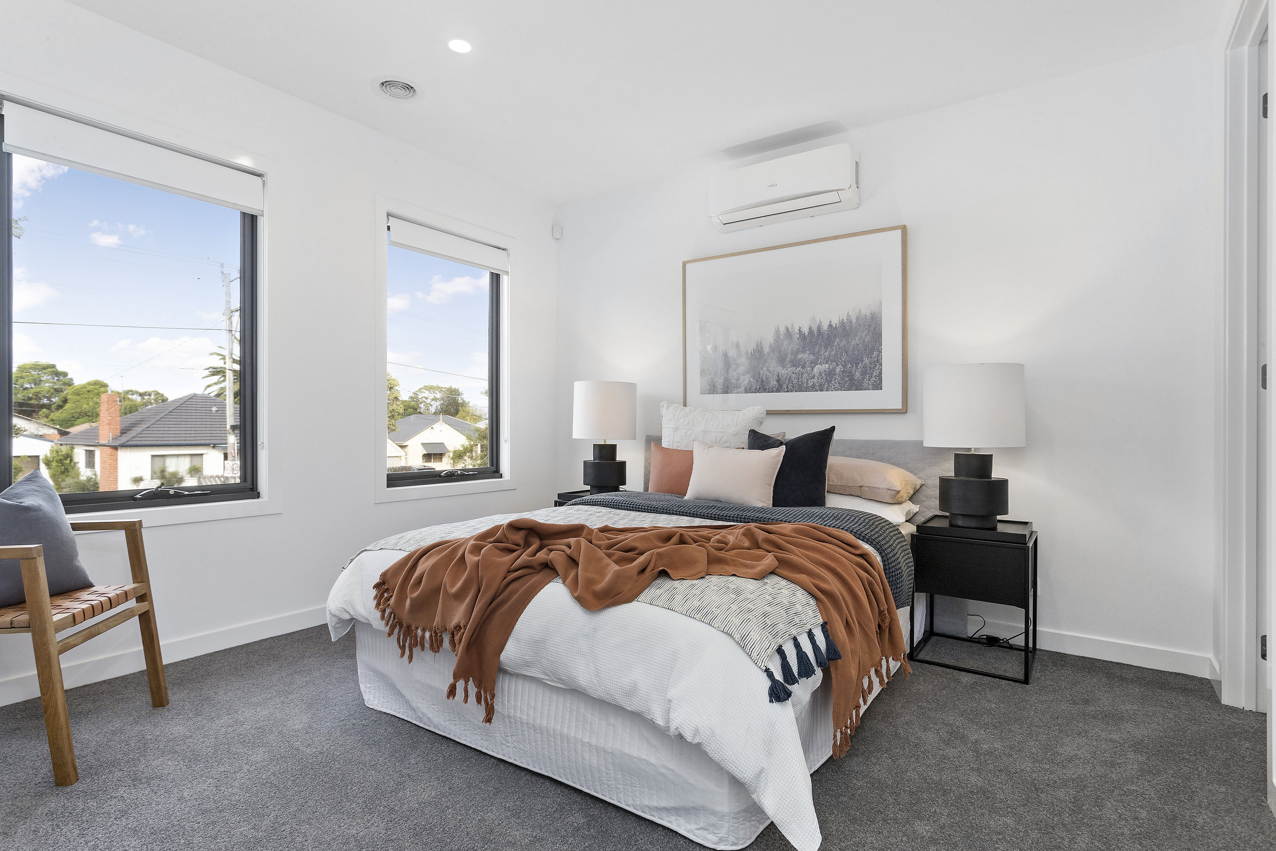 21-Bedroom.jpg