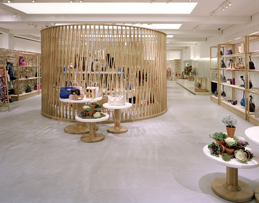 MULBERRY-WITH-UNIVERSAL-BOND-ST-2---BEST-STORE-CONCEPT_905_905.jpg