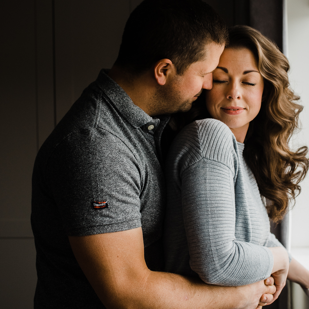 Romatin couple portrait in home photography.jpg