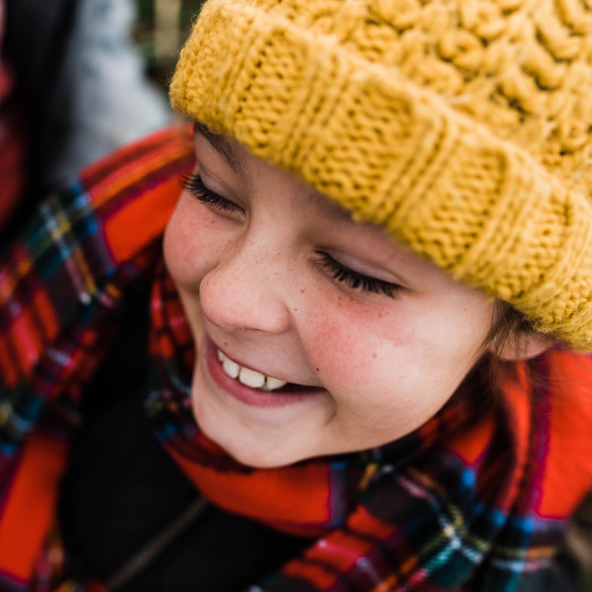 Little Girl in Hat laughing_CheltenhamPhotographerChuiKingLi-0549.jpg