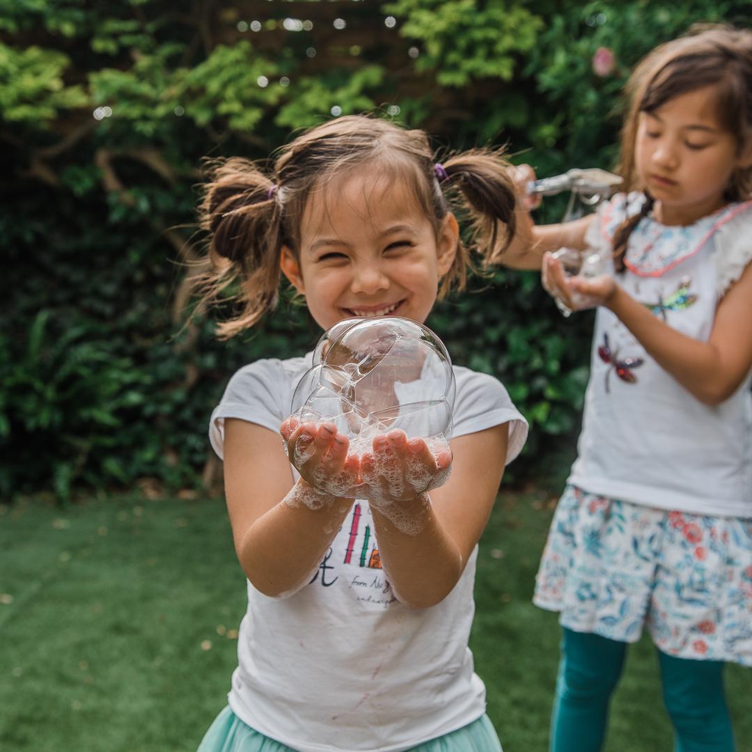 Girls-Bubbles-Chui-Photography-2289.jpg