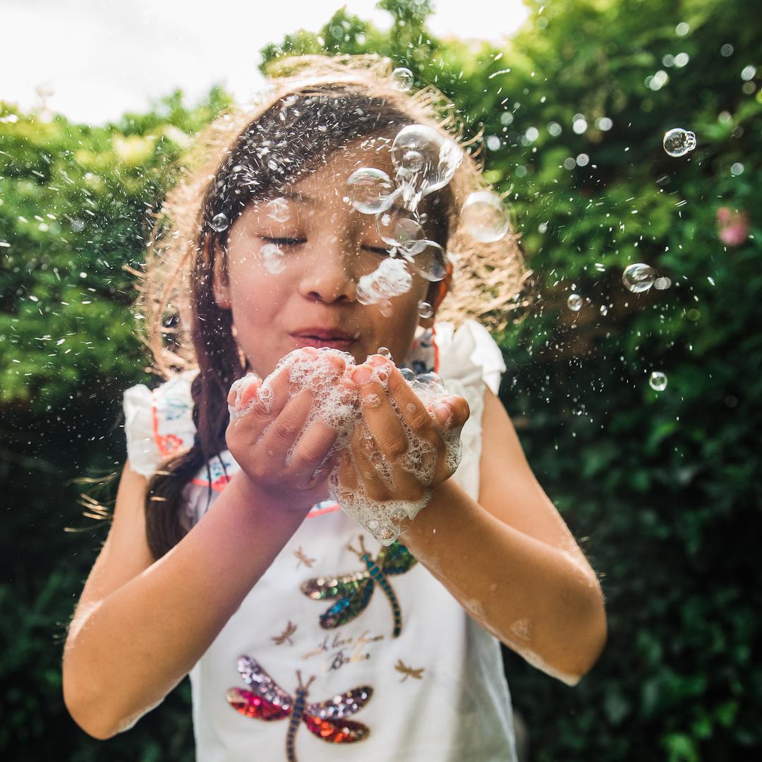 Girls-Bubbles-Chui-Photography-2305.jpg